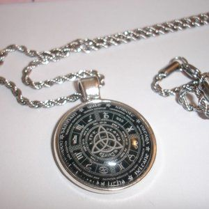 "Wheel of the Universe Glass Dome 20"" rope chain"